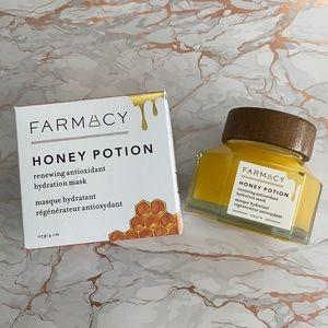 BNIB Farmacy Honey Potion Mask 🍯